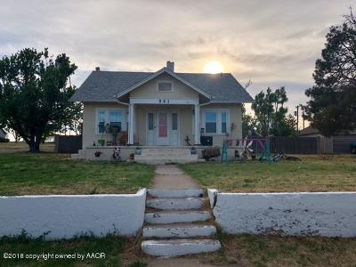 Follett TX Single Family Home For Sale: $85,000