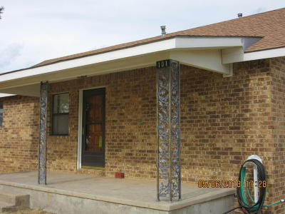 Fritch Single Family Home For Sale: 101 Arikara Rd