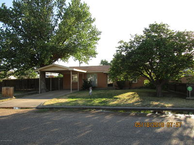 Fritch Single Family Home For Sale: 905 Robey Ave