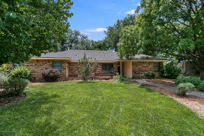 Single Family Home For Sale: 9 Eagle Pass