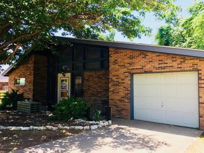 Single Family Home For Sale: 2709 Salem Dr