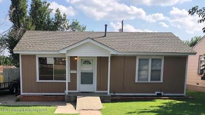 Borger Single Family Home For Sale: 210 Moreland St