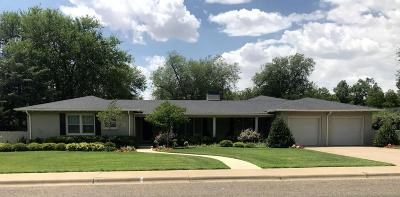 Potter County Single Family Home For Sale: 2412 Travis St