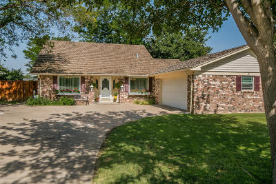 Canyon Single Family Home For Sale: 404 Taylor Ln