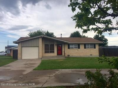 Perryton TX Single Family Home For Sale: $95,900