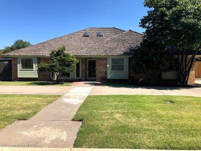Borger Single Family Home For Sale: 101 Salina