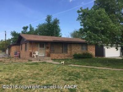 Perryton TX Single Family Home For Sale: $108,000