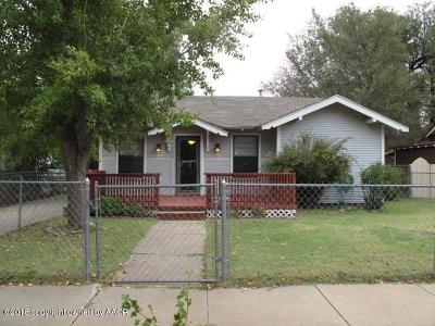 Single Family Home For Sale: 831 Virginia St