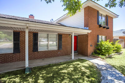 Single Family Home For Sale: 3701 Memory Ln