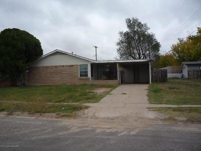 Borger Single Family Home For Sale: 1104 Elmore St