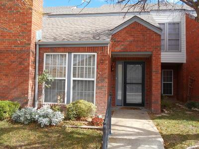 Condo/Townhouse For Sale: 3401 Brennan Blvd #2