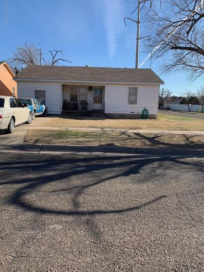 Single Family Home For Sale: 811 Bivins S St