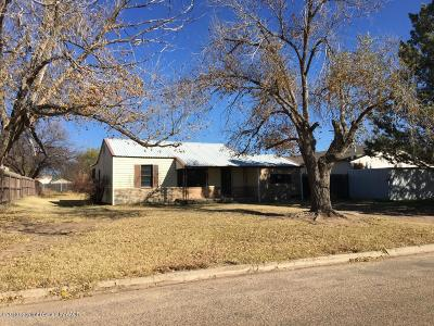 Fritch Single Family Home For Sale: 407 Ridgeland S Ave
