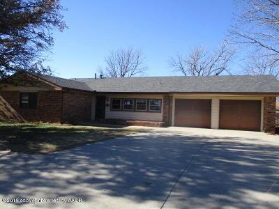 Single Family Home For Sale: 2207 Lynn St