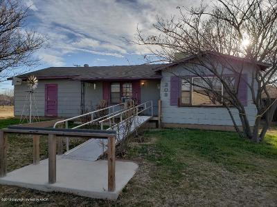 Fritch Single Family Home For Sale: 208 Cornell Ave