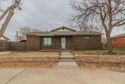 Fritch Single Family Home For Sale: 607 Cornell S Ave