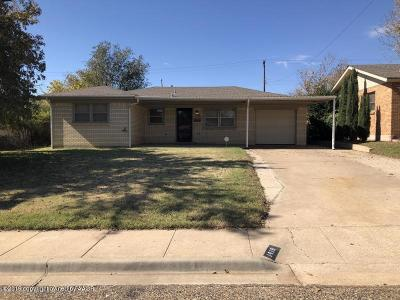 Borger Single Family Home For Sale: 1418 Lancelot St