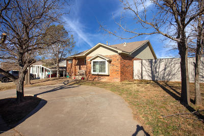 Borger Single Family Home For Sale: 1433 Cooley Dr.