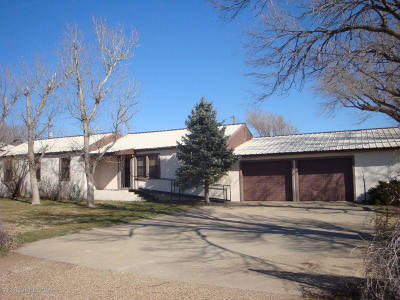 Claude Single Family Home For Auction: 313 Holhouser St