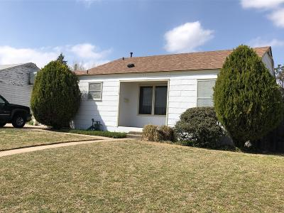 Borger Single Family Home For Sale: 1413 Clayton St