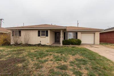 Borger Single Family Home For Sale: 400 Galahad St