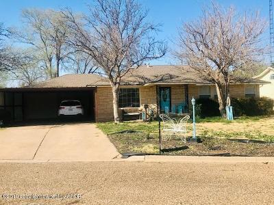 Tulia Single Family Home For Sale: 31 Circle Dr