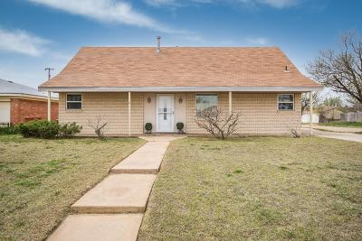 Fritch Single Family Home For Sale: 700 Vaughn