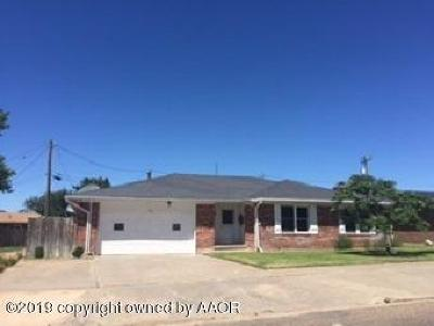Perryton TX Single Family Home For Sale: $158,000