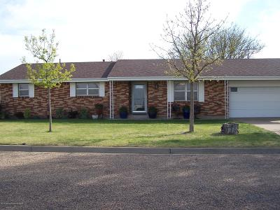 Fritch Single Family Home For Sale: 626 Nara Visa Ln