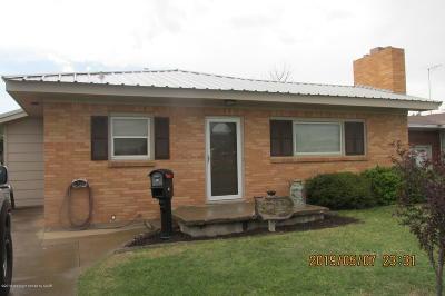 Borger Single Family Home For Sale: 312 Santa Fe St