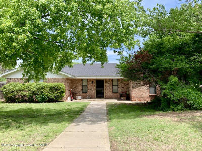 Borger Single Family Home For Sale: 400 Bois D Arc