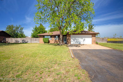 Fritch Single Family Home For Sale: 220 Calle Questa