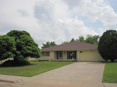 Randall Single Family Home For Sale: 2801 James Louis Dr