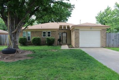Fritch Single Family Home For Sale: 410 Overland Trl