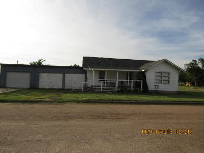Fritch Single Family Home For Sale: 265 Overland Trl