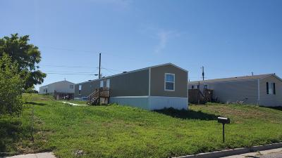 Mobile Home For Sale: 4608 Pioneer Ln