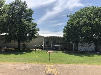 Fritch Single Family Home For Sale: 205 Cozart Ln