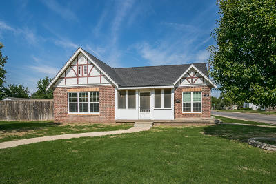 Single Family Home For Sale: 1237 Mary-Ellen St