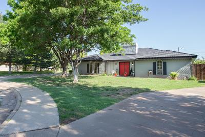 Single Family Home For Sale: 3404 Carlton Dr