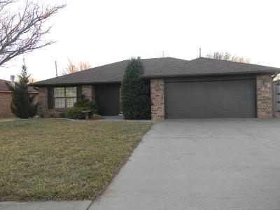 Amarillo Single Family Home For Sale: 8005 Bedwell Pl