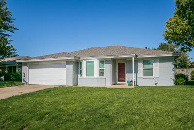 Amarillo Single Family Home For Sale: 5242 While-A-Way Rd