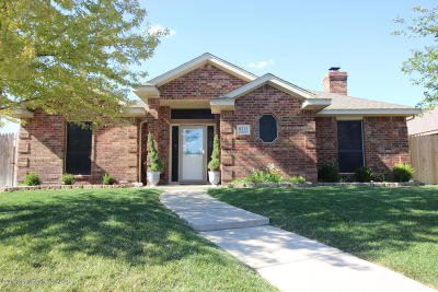 Randall County Single Family Home For Sale: 6312 Academy Dr