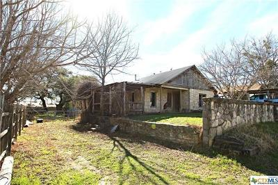 Lampasas Single Family Home For Sale: 608 E Avenue G