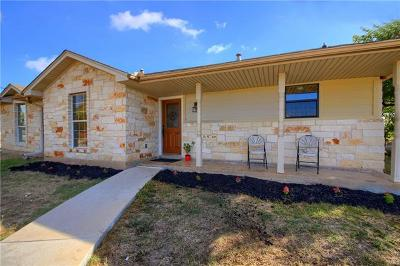 Del Valle Single Family Home For Sale: 192 Forest Lake Dr