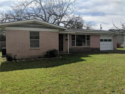 Single Family Home For Sale: 1315 Yorkshire Dr