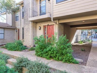 Travis County Condo/Townhouse For Sale: 814 Banister Ln