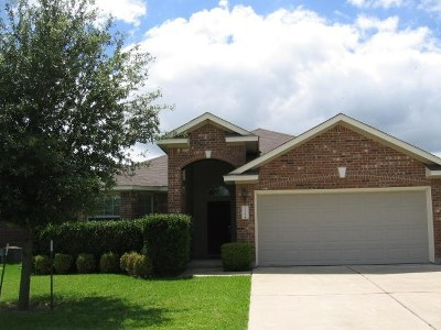 Pflugerville Single Family Home For Sale: 3220 Winding Shore Ln
