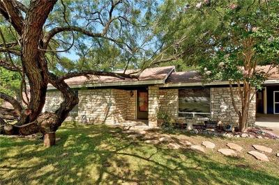 Marble Falls Single Family Home Active Contingent: 1006 Elm Ln