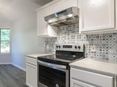 Cedar Creek Single Family Home For Sale: 193 Oak River Dr