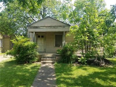 Travis County Single Family Home Pending - Taking Backups: 922 Gene Johnson St
